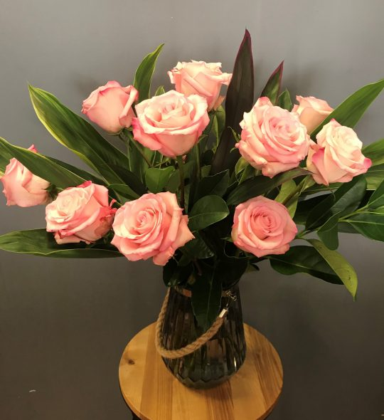 pink rose, pink roses, valentines day, tamworth roses, tamworth flowers, tamworth florist