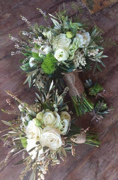 wedding bouquet, tamworth wedding, bridal bouquet, white bouquet tamworth, tamworth weddings, tamworth florist, florist tamworth, tamworth wedding florist, rose bouquet, rustic bouquet