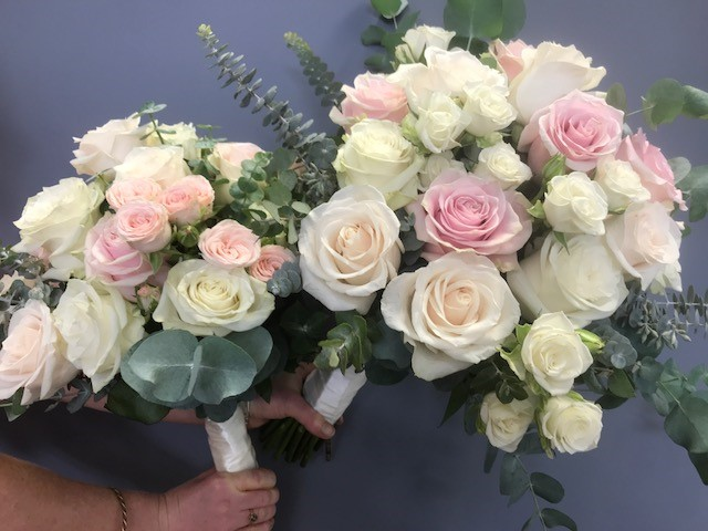 wedding bouquet, tamworth wedding, pastel bouquet, bridal bouquet tamworth, tamworth weddings, tamworth florist, florist tamworth, tamworth wedding florist, rose bouquet