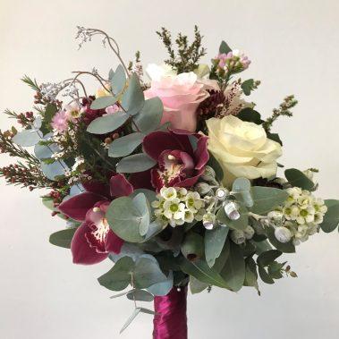 wedding bouquet, tamworth wedding, bridal bouquet, burgundy bouquet, tamworth weddings, tamworth florist, florist tamworth, tamworth wedding florist, boho bouquet, burgundy bouquet, bridesmaid bouquet
