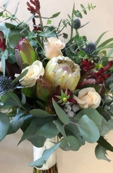 wedding bouquet, tamworth wedding, bridal bouquet, burgundy bouquet, tamworth weddings, tamworth florist, florist tamworth, tamworth wedding florist, boho bouquet, Native bouquet