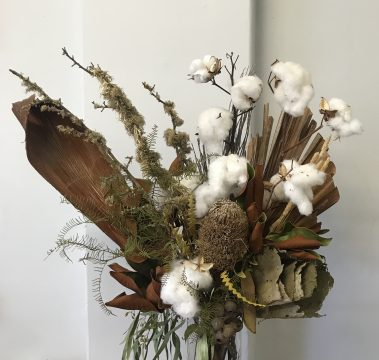 dried arrangement, dried flowers, everlasting flowers, cotton, native, vase arrangement, textured
