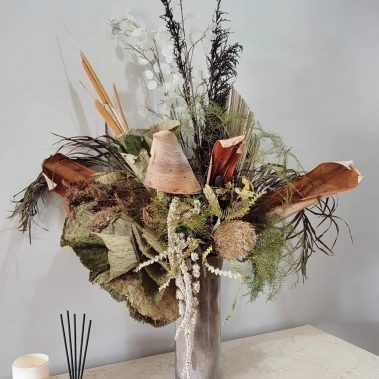 dried flowers, tamworth flowers, flower delivery tamworth, tamworth florist, office flowers tamworth, flower arrangement, tamworth flower delivery, tamworth florist, botanic, botanique, new england flowers, new england florist