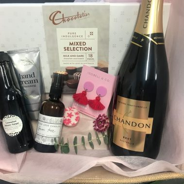 Valentines day, valentines gift, valentines day gift, valentines hamper, valentines gift tamworth, gifts for her, tamworth gifts